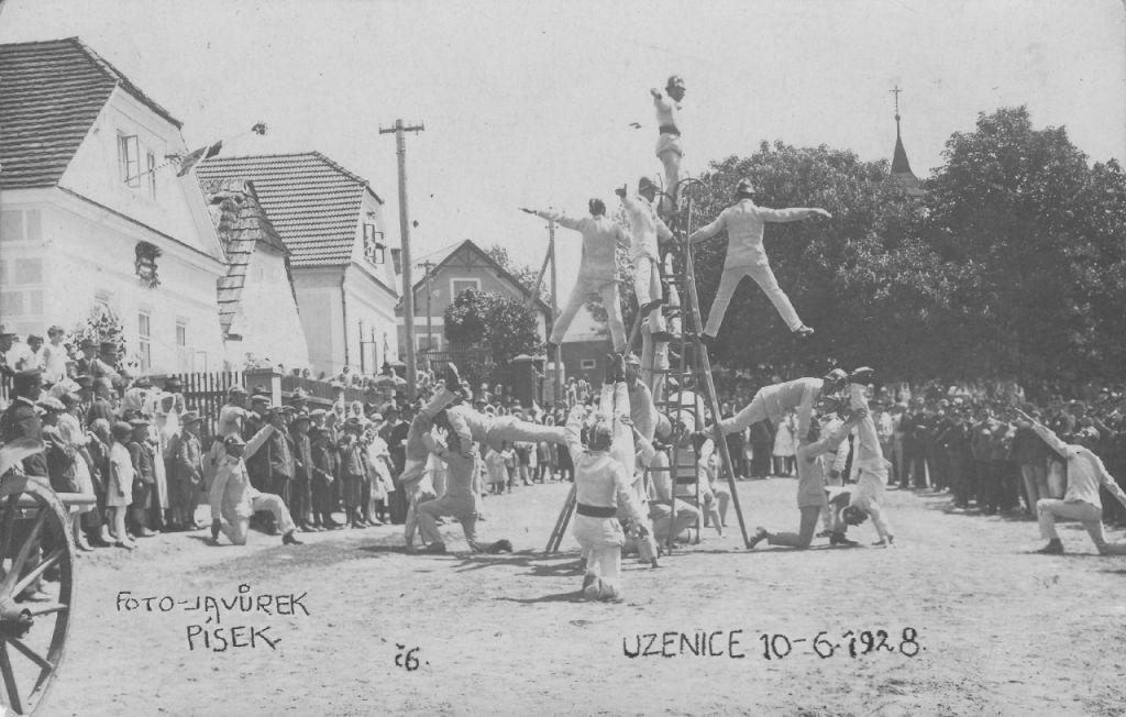 sekyrkové cvičení v roce 1928
